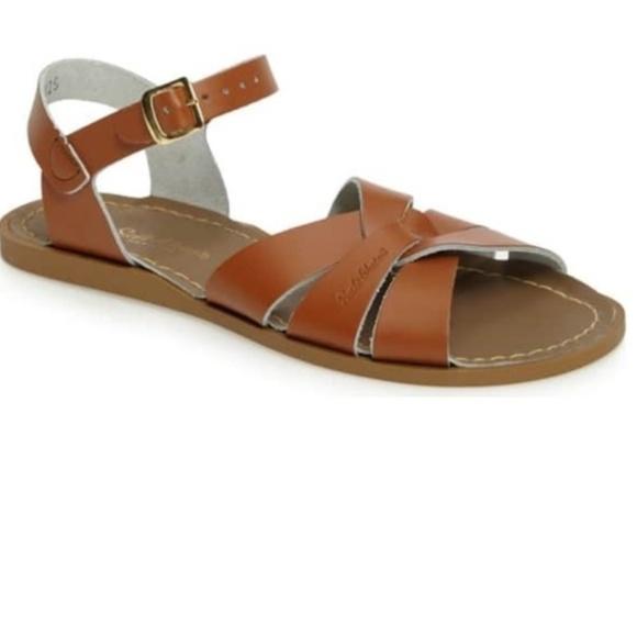 f6c14a53a5f2 Women s Saltwater sandals flats leather open toe. M 5c74473a03087cb2e4f53d10